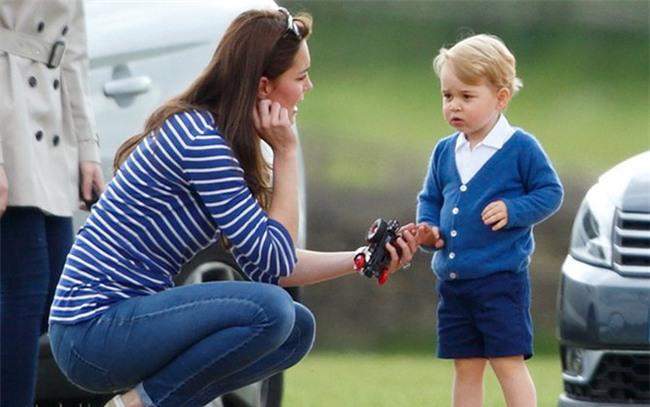 Cách dạy con vô cùng nghiêm khắc của cặp vợ chồng Kate Middleton khiến cả thế giới phải chú ý - Ảnh 9.