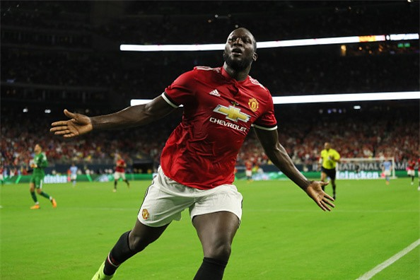 Pogba, Lukaku choi an y, MU dai thang o derby Manchester hinh anh 3