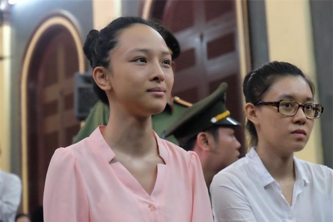 Mẹ hoa hậu Phương Nga cho biết con gái mắc bệnh viêm phổi, sức khỏe ngày càng xuống dốc - Ảnh 2.