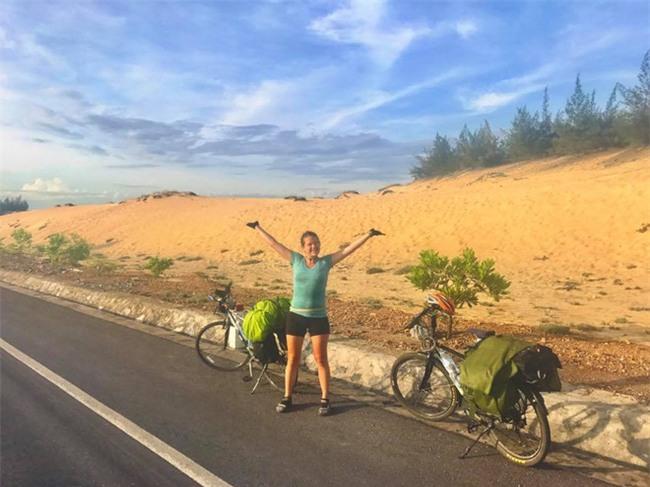 Cô gái Tây nói điều khiến người Việt nở mặt sau khi bị mất xe đạp đi xuyên đất nước - Ảnh 5.