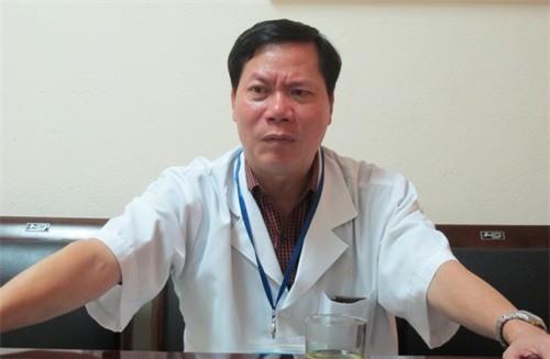 Vụ 8 người tử vong khi chạy thận: Cách chức giám đốc bệnh viện - Ảnh 1.