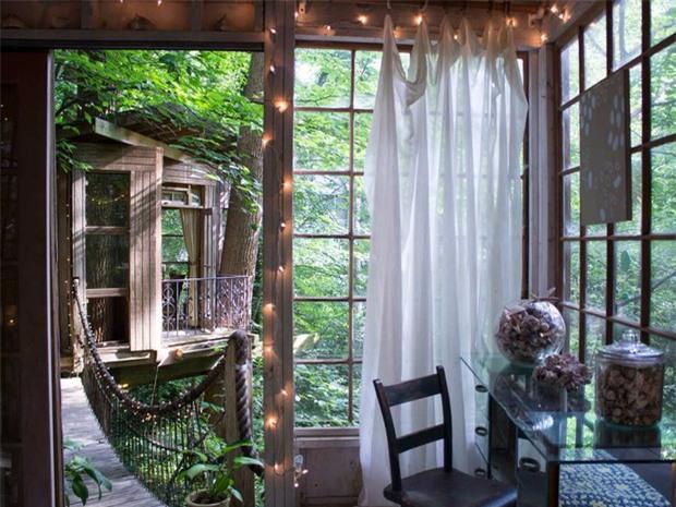 Bên trong ngôi nhà trên cây mộng mơ đang gây sốt trên Airbnb, hàng trăm nghìn người muốn được tới thăm một lần - Ảnh 13.
