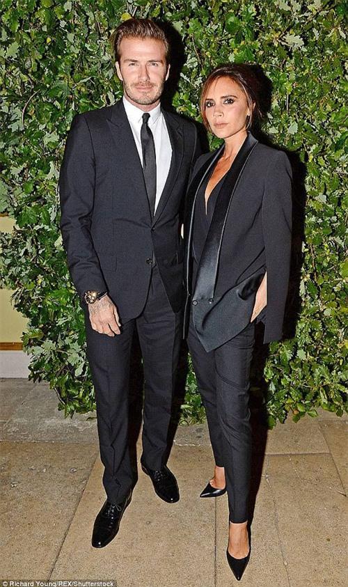 Bề ngoài hạnh phúc là thế, nhưng vợ chồng Beckham đã không còn sống chung với nhau? - Ảnh 1.