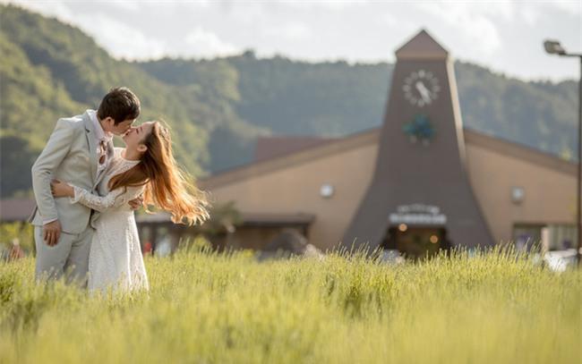 Cặp đôi chi 1 tỷ đồng đi 4 nước chụp ảnh cưới kể chuyện kết hôn sau 1 tháng tìm hiểu - Ảnh 4.