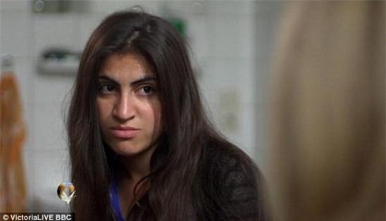 Nữ sinh 14 tuổi kể lại nỗi kinh hoàng bị cưỡng bức hàng ngày trong vòng 6 tháng - Ảnh 1.
