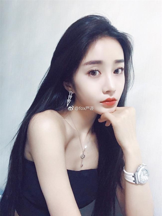 """Nhờ màn """"vịt hóa thiên nga"""" siêu xuất sắc, cô bạn Trung Quốc xinh đẹp được tìm kiếm ầm ầm - Ảnh 13."""