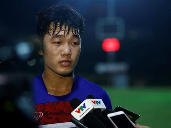 Xuân Trường thừa nhận phong độ không cao do phải ngồi dự bị nhiều ở Gangwon. Ảnh: Thanh Hà