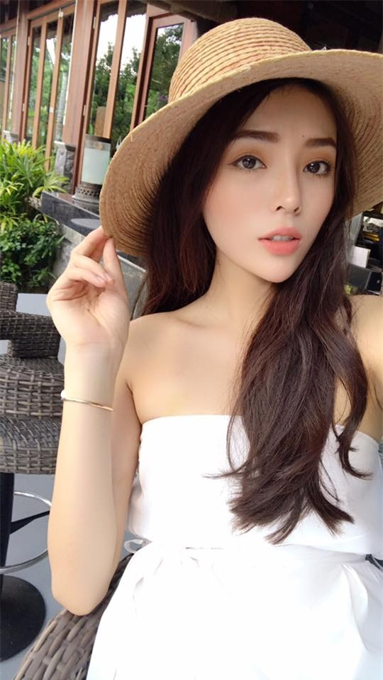 ky duyen noi toan triet ly sau scandal hut thuoc, hit bong cuoi...? hinh anh 1