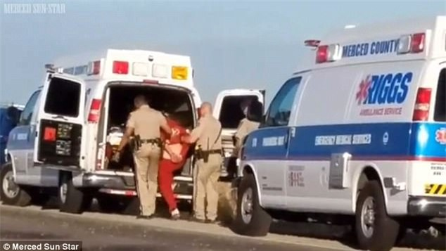Obdulia đã bị bắt ngay tại hiện trường vì xảy ra xô xát với phía cảnh sát.