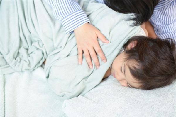 """""""5 phút thủ thỉ"""" và """"cái ôm 8 giây"""" - hai cách dạy con ngoan được nhiều cha mẹ Nhật áp dụng - Ảnh 2."""