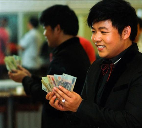 Quang Lê, Quang Lê giàu có, khối tài sản của Quang Lê