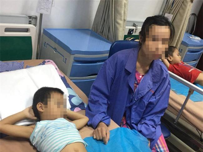 Hưng Yên: Khởi tố vụ án gần 80 trẻ bị sùi mào gà sau khi chít bao quy đầu tại phòng khám tư - Ảnh 1.