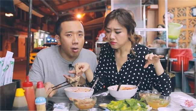 Hari Won công khai nhắc Trấn Thành vì hành động suồng sã ôm ấp vợ giữa quán ăn-1