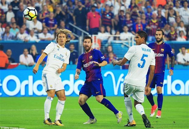 Messi nổ súng giúp Barca đả bại Real trên đất Mỹ - Ảnh 4.