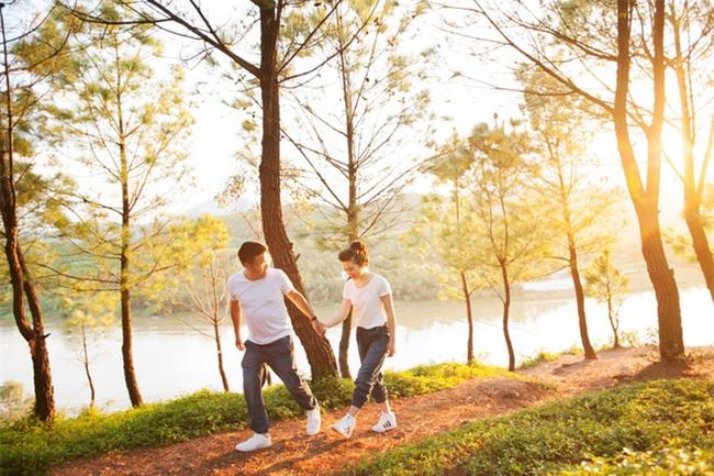 Điểm danh dâu rể Việt nổi tiếng vì trèo đèo lội suối xuyên Việt, chi bạc tỷ cho ảnh cưới - Ảnh 12.