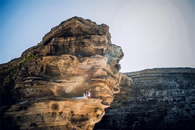 Điểm danh dâu rể Việt nổi tiếng vì trèo đèo lội suối xuyên Việt, chi bạc tỷ cho ảnh cưới - Ảnh 16.