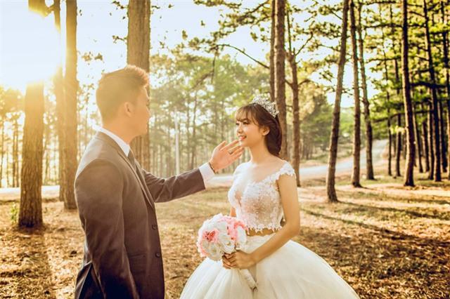 Điểm danh dâu rể Việt nổi tiếng vì trèo đèo lội suối xuyên Việt, chi bạc tỷ cho ảnh cưới - Ảnh 31.