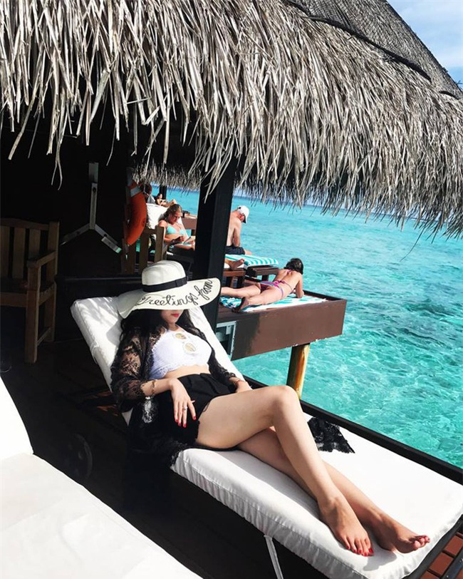 Ghen tị với cô vợ hotgirl được chồng rủ đi Maldives để kỷ niệm 7 năm ngày cưới - Ảnh 12.