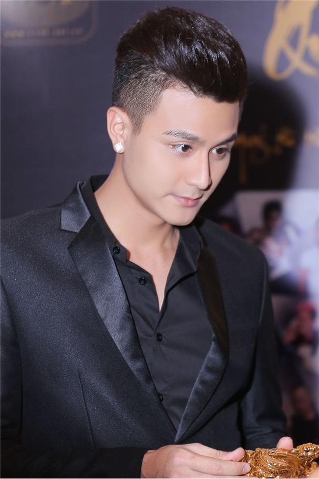 Không cần 'đập mặt', showbiz Việt vẫn có rất nhiều mỹ nam đẹp không góc chết-2