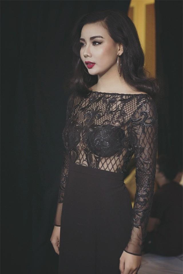 Gu thời trang cực sexy của cô gái khơi mào cuộc chiến Next Top - Lại Thanh Hương-5