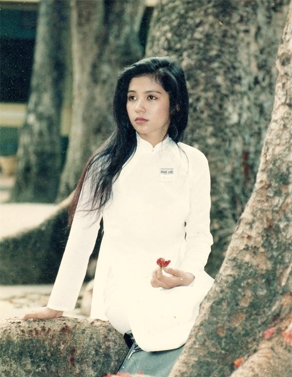 Việt Trinh: Tôi bị khán giả bỏ rơi... và gọi nhầm thành Ngọc Trinh - Ảnh 2.