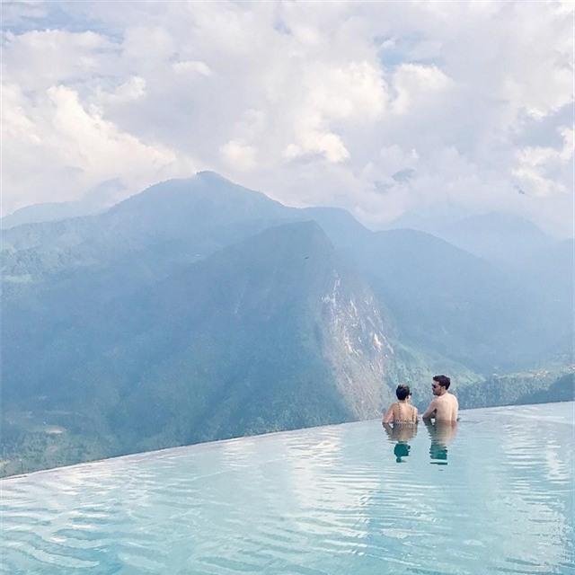 2 resort có bể bơi vô cực với view đụng núi đẹp ngất ngây, cách Hà Nội chỉ 1 đêm đi tàu - Ảnh 9.