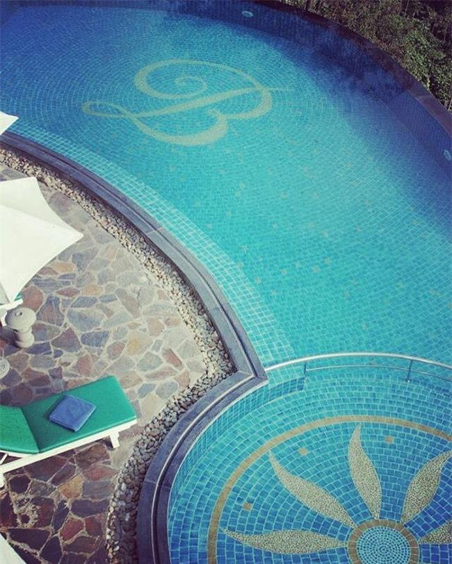 2 resort có bể bơi vô cực với view đụng núi đẹp ngất ngây, cách Hà Nội chỉ 1 đêm đi tàu - Ảnh 14.