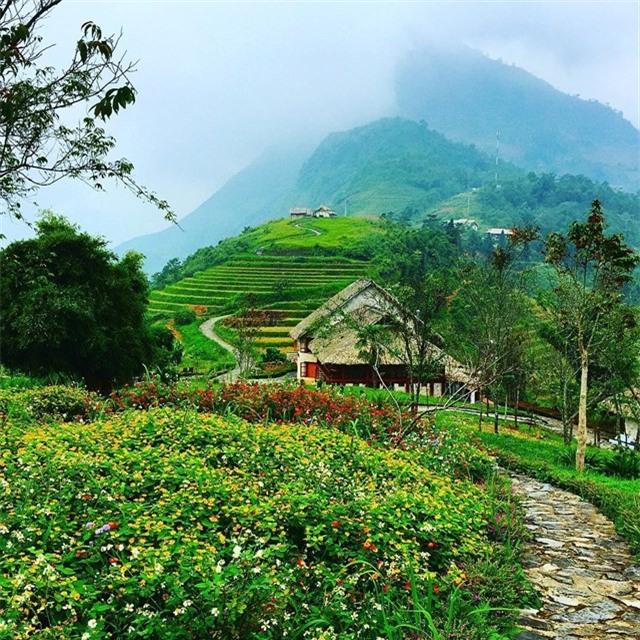 2 resort có bể bơi vô cực với view đụng núi đẹp ngất ngây, cách Hà Nội chỉ 1 đêm đi tàu - Ảnh 3.