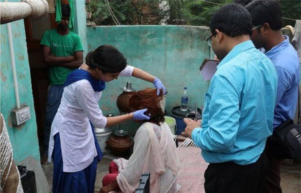 Ấn Độ: Hơn 50 phụ nữ hoảng sợ khi bị thôi miên rồi cắt tóc đầy bí ẩn - Ảnh 3.