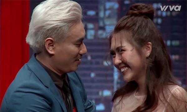 Việt Anh hợp sức Kiều Minh Tuấn 'bắt nạt' thí sinh The Face 2017-5
