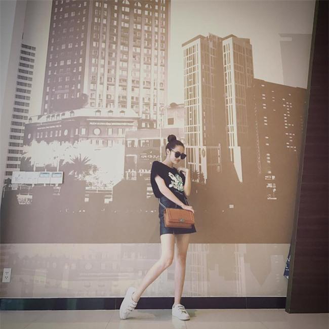Kỳ Duyên và tình mới của Cường Đôla cùng khoe vai trần trong street style tuần này - Ảnh 12.