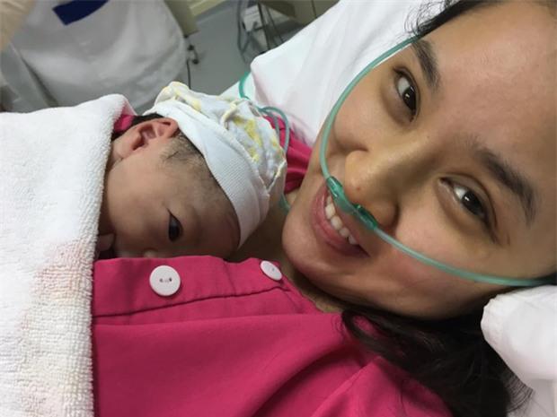 Sau 2 năm kết hôn, Bảo Trâm Idol hạ sinh con gái đầu lòng kháu khỉnh - Ảnh 2.