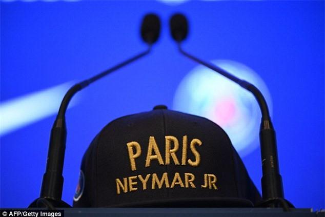 Neymar da toi Paris, chuan bi cho le ra mat lon nhat lich su PSG hinh anh 11