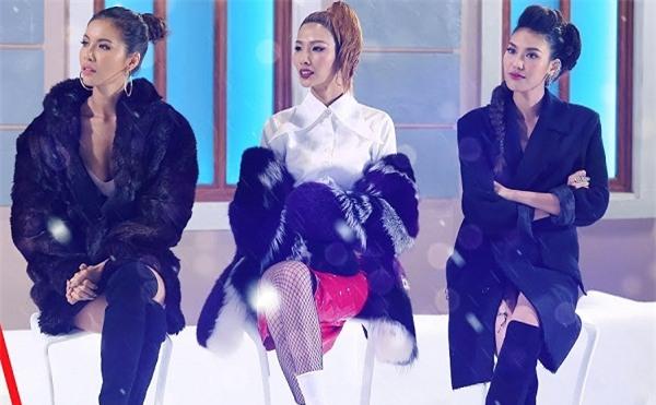 Không phải Lan Khuê, chính Hoàng Thùy mới là 'chị Đại' tại The Face 2017-10