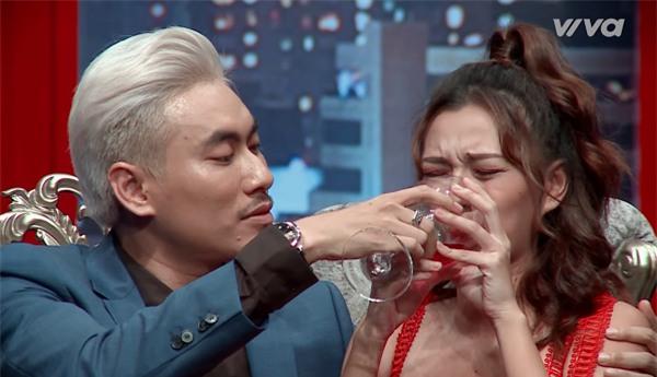Lộ kết quả Hoàng Thùy thắng, loại thí sinh đội Lan Khuê trong tập 9 The Face-6