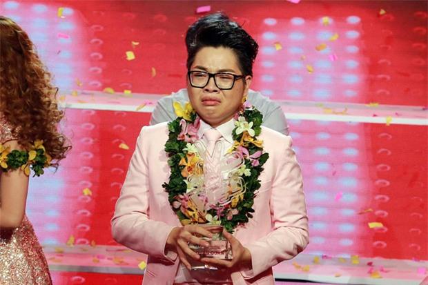 """Không xuất hiện thì thôi mà cứ mỗi lần ra mặt, dàn sao Việt lại khiến fan """"mắt chữ A mồm chữ O"""" - Ảnh 1."""
