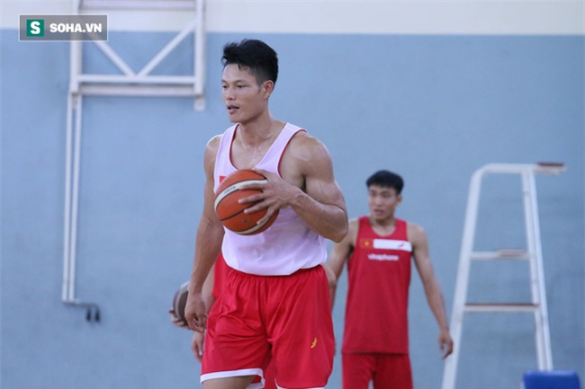 Tháo đai độc cô, võ sỹ vàng Việt Nam thay áo mới tới SEA Games tìm đối thủ - Ảnh 5.