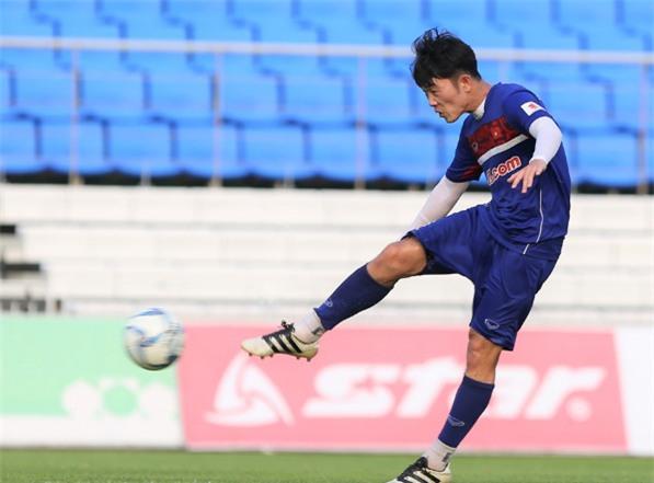 HLV Huu Thang muon U22 Viet Nam the hien duoc minh truoc FC Busan hinh anh