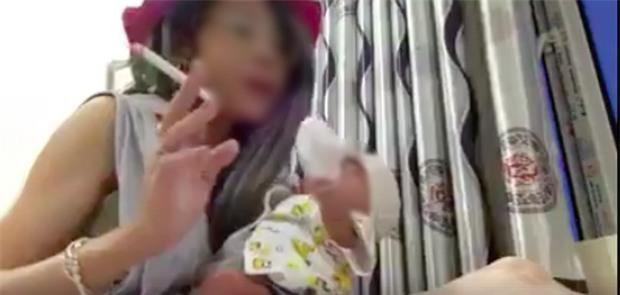 Mạnh thường quân giúp đỡ mẹ con Bella: Tôi sẽ tiếp tục hỗ trợ nếu như tách được đứa bé ra khỏi Bella - Ảnh 1.