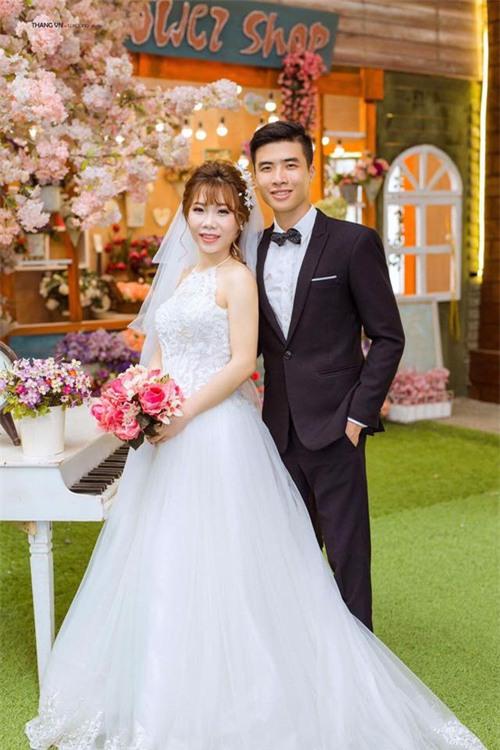 Chuyện tình đẹp như phim của cặp đôi Việt làm bạn 20 năm rồi cưới - Ảnh 6.