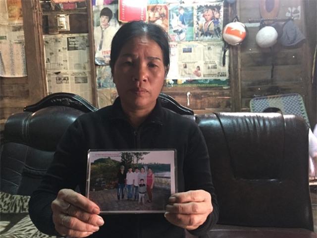 Bà Lý lo lắng khi nhiều ngày liền không có thông tin của 2 con trai