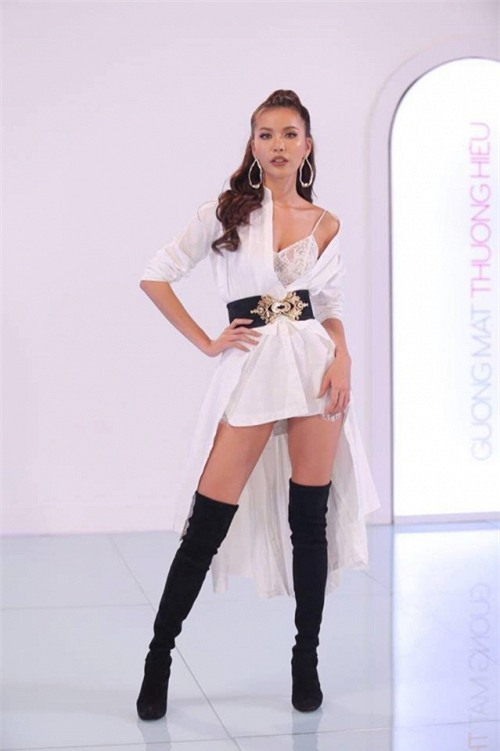 Vì thời trang mà Hoàng Thùy - Minh Tú - Lan Khuê quên hết thời tiết-6