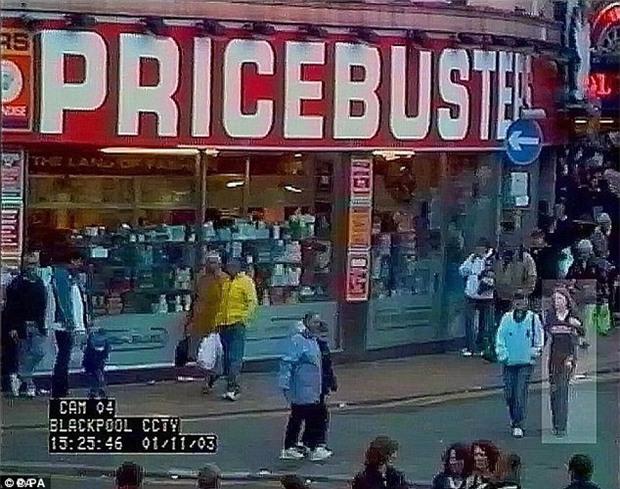 Vụ án cô gái mất tích 14 năm tại Anh: Tình tiết rùng rợn từ kẻ tình nghi và sự tắc trách của cảnh sát - Ảnh 2.