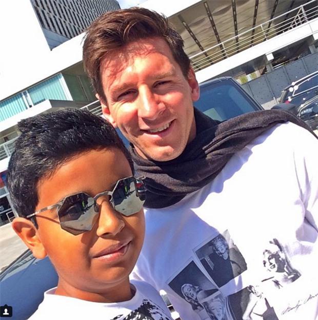 Cuộc sống toàn hàng hiệu, siêu xe, thú cưng đặc biệt và làm bạn với người nổi tiếng của cậu ấm Dubai 15 tuổi-14