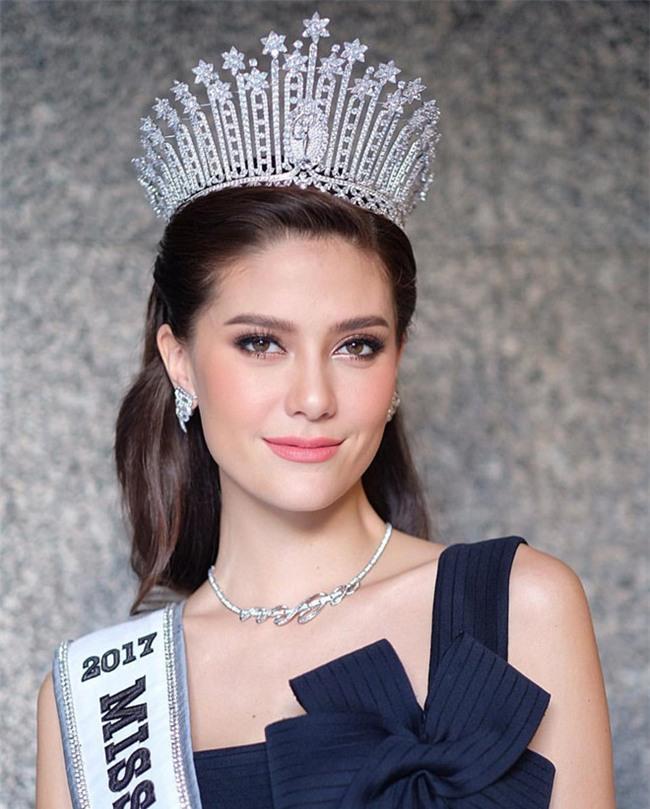 Hoa hau Hoan vu Thai Lan 2017 hat tieng Viet troi chay hinh anh 1