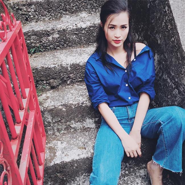 Ngọc Trinh khoe tóc mới trẻ măng, Midu cũng diện một cây đồ teen chẳng kém trong street style tuần này - Ảnh 19.