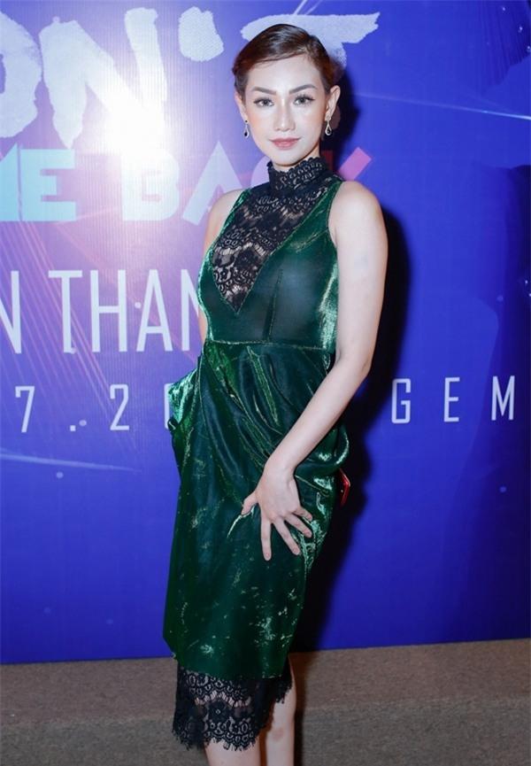 Tóc Tiên hở trên lộ dưới, Trang Trần make-up 'ma quái' lọt top thảm họa tuần này-11