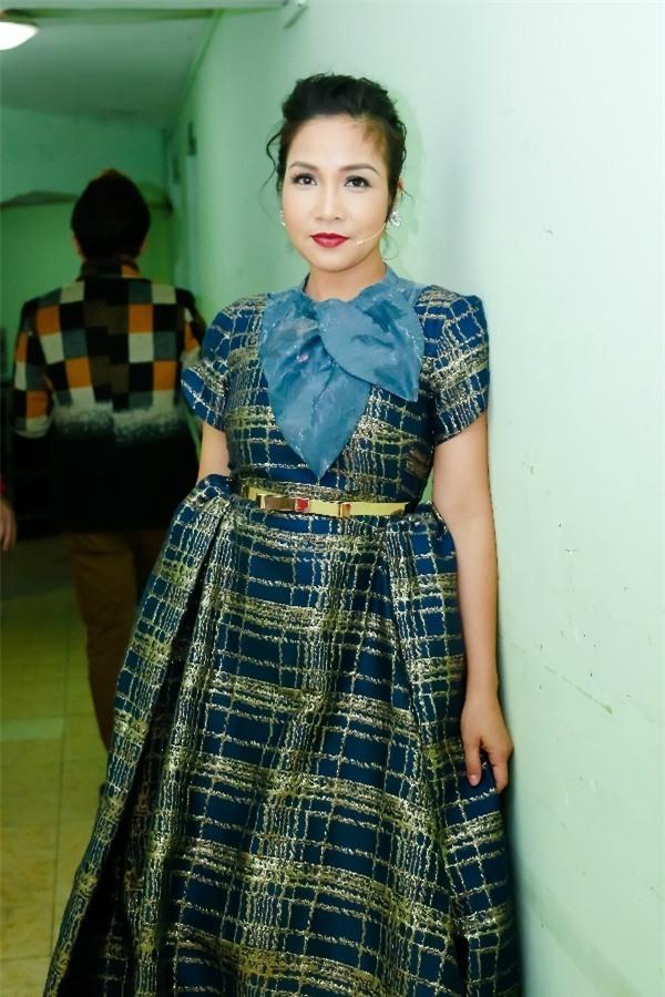 Tóc Tiên hở trên lộ dưới, Trang Trần make-up 'ma quái' lọt top thảm họa tuần này-2