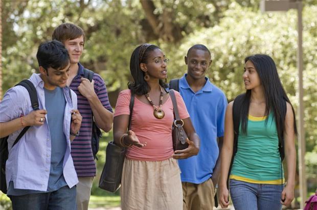 7 điều không ai mách du học sinh trước khi sang Mỹ - Ảnh 2.