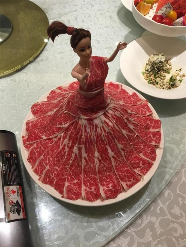Những đĩa thức ăn độc nhất vô nhị của các nhà hàng khiến thực khách chỉ biết câm nín - Ảnh 6.